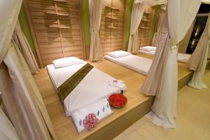 A-Te Chumphon Hotel - Thai Massage and Spa