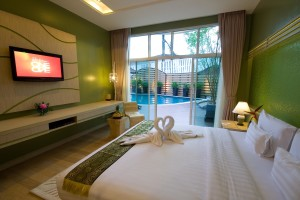 A-Te Chumphon Hotel - Pool Access Room